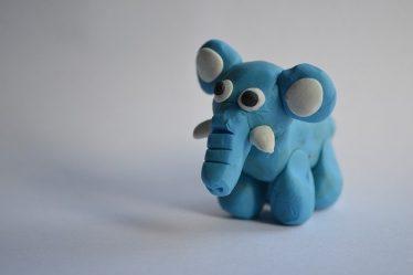 éléphant en pâte à modeler