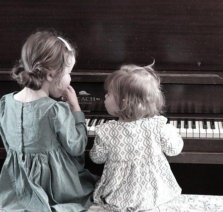enfants au piano